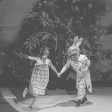 https://www.festivalultanar.ro/wp-content/uploads/2015/12/taramul-din-globul-fermecat-160x160.jpg